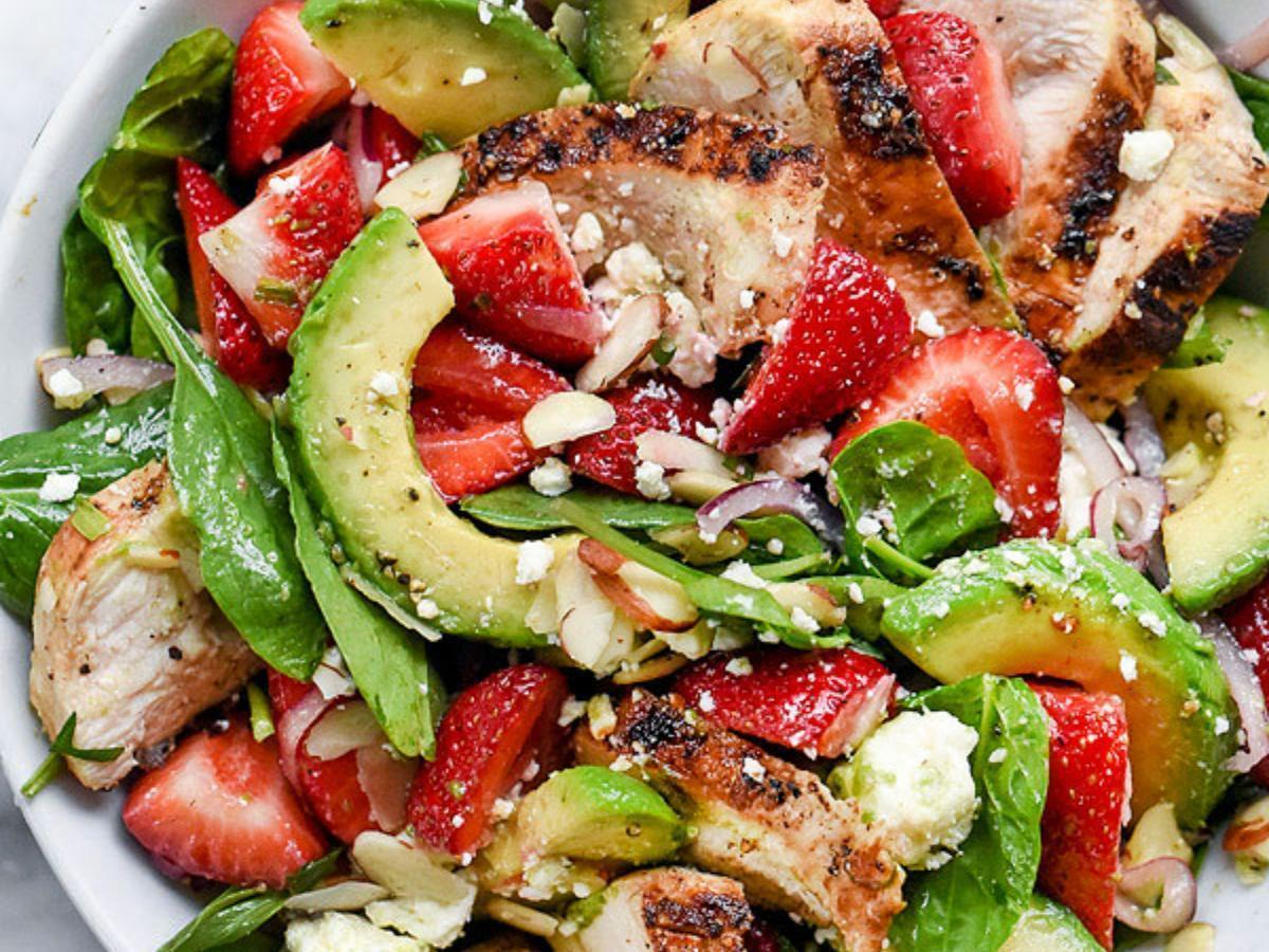Chicken, Spinach, and Strawberry Salad