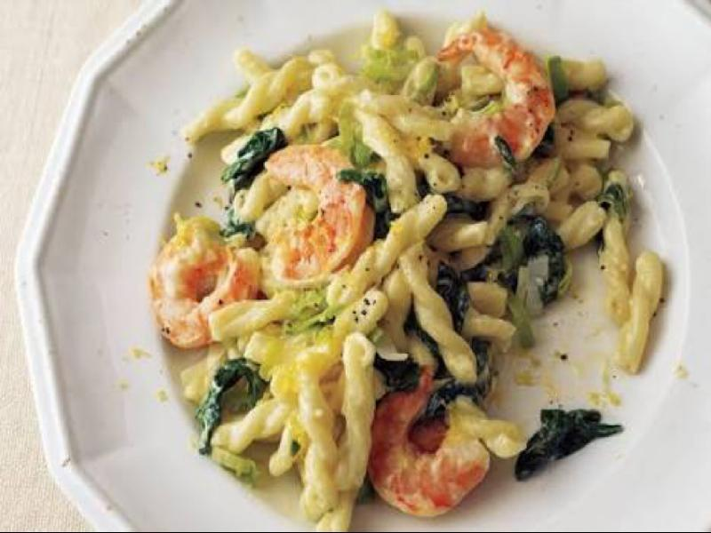 Shrimp, Leek, and Spinach Pasta
